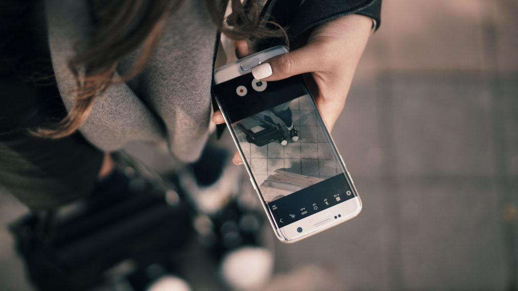 fashion photography on a smartphone tips